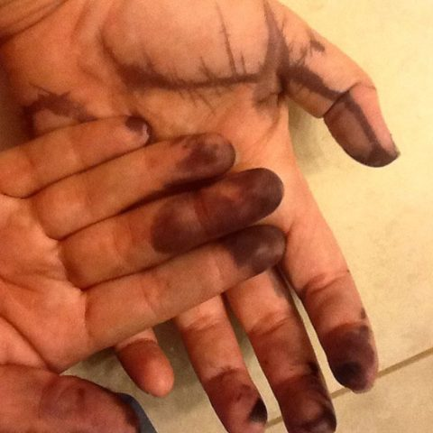 ink on hands