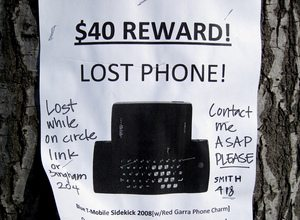 lost-cell-phone-by-cogdogblog.jpg