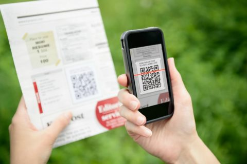How to use QR codes - there are so many clever ways to use QR codes these days!